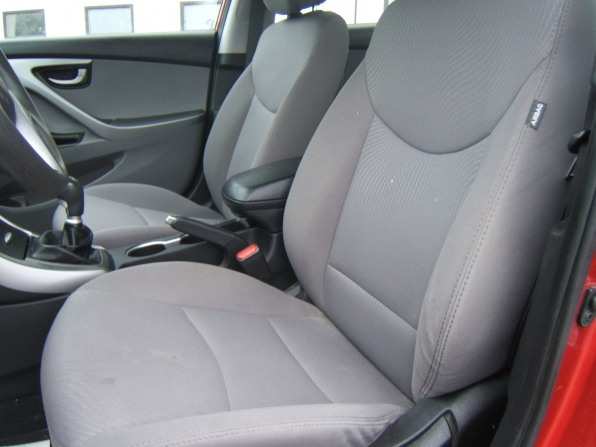 2015 Hyundai Elantra Se Photo 3